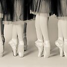 Pointes Sepia by BriGt