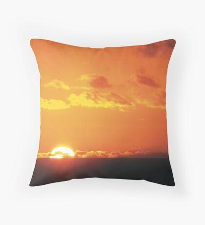Ningaloo sunset Throw Pillow