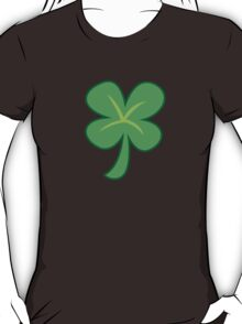 Green clover shamrock for St Patrick's day cute! T-Shirt