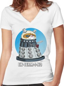 Grumpy Dalek Women's Fitted V-Neck T-Shirt