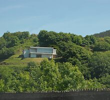 A house on a hill by zacco