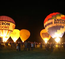 Renmark Balloon Festival Night Glow by elphonline