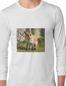 Sleepy fox in suburbia Long Sleeve T-Shirt