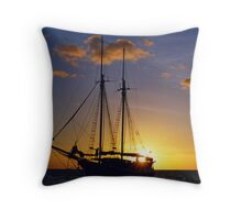 sunset on the Great Barrier Reef Throw Pillow