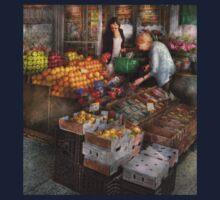 Storefront - Hoboken, NJ - Picking out fresh fruit Kids Clothes