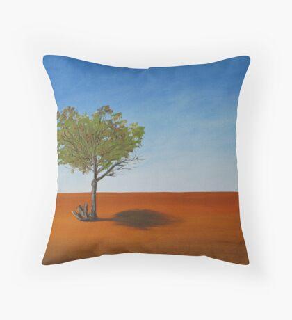 Outback horizon  Throw Pillow