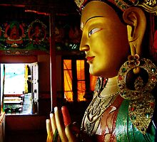 Golden Buddha by 101moments