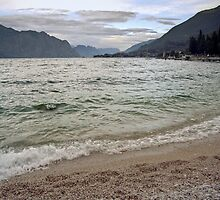 Lago di Garda, Italy by Lenka