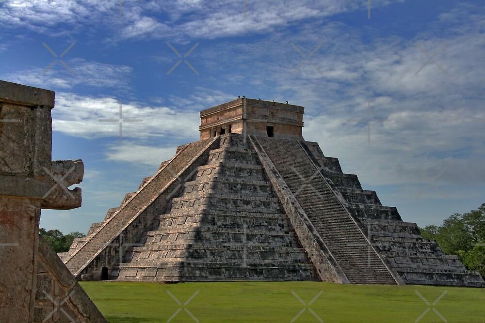 The Kukulcán Pyramid or El Castillo (The Castle) - Chichen Itza by gruntpig