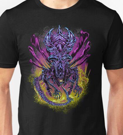 LONG LIVE THE QUEEN (color) Unisex T-Shirt