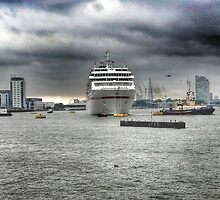 Dramatic London on Thames by Arvind Singh