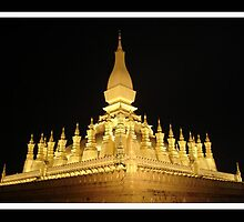 Thath Luang by khanthanou