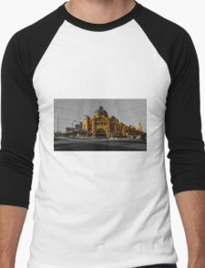 Flinders Street Station Men's Baseball ¾ T-Shirt