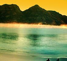 Wineglass bay sunrise panorama by Luke Meers