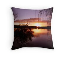 Mannum sunset Throw Pillow