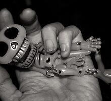Hand of Death by kjezt