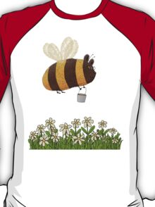 Bumble Bear with honey flies home T-Shirt