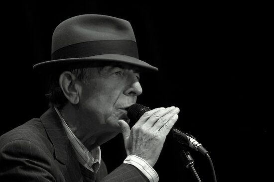 Leonard Cohen plays live by Anima Fotografie
