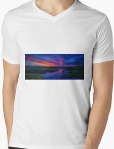 Gunnamatta Sunset Mens V-Neck T-Shirt