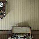 Radio time by Arie Koene