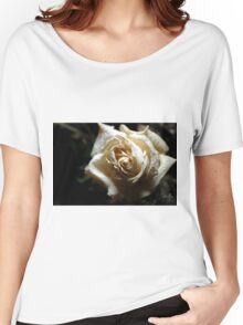 the white rose Women's Relaxed Fit T-Shirt