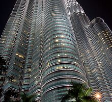 Petronas Towers KLCC by MiImages