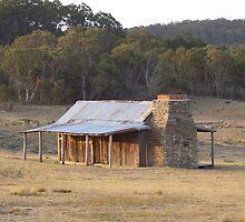 Brayshaw's Hut (Namadgi National Park - Australian Capital Territory) by eucumbene