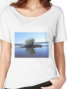 Tranquil Island Women's Relaxed Fit T-Shirt