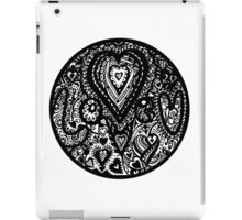 Valentine Circle of Hearts Aussie Tangle White Surround iPad Case/Skin