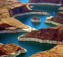 Lake Powell  by Av8R