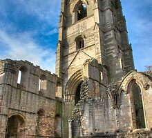 Fountains Abbey Ruins by yeamanphoto