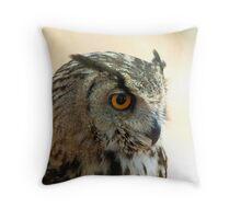 Euroasian eagle owl Throw Pillow