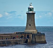 Harbour Light - Whitley Bay. by Trevor Kersley