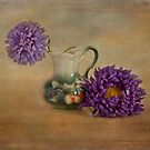 Purple asters with textured finish by eddiej