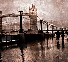 London Bridge in the rain by scotts03