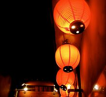 shinsaibashi lanterns II by geikomaiko