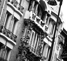 Parisian Building Art Nouveau by kipstar