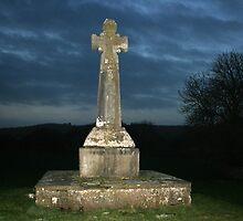 Celtic cross at Dysart by John Quinn