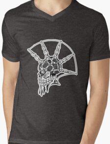 Punk Skull - bordered Mens V-Neck T-Shirt