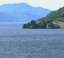 Down Loch Ness to Urquhart Castle by jacqi