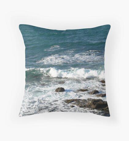 Tide coming in at Blackhead Beach N.S.W. Australia. Throw Pillow