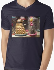 I Will Wait 4U- A Dalek in Love Mens V-Neck T-Shirt