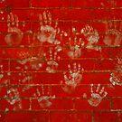 Hands. by zenmatt