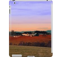 Countryside panorama in beautiful sunset colors | landscape photography iPad Case/Skin