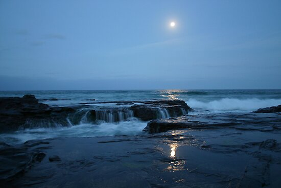 Moonrise over Bombo Beach by Keiran Lusk