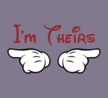 I'm theirs pointing hands by sweetsisters