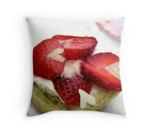 I love Strawberry Shortcake Throw Pillow