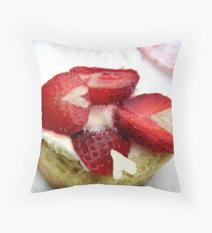 I love Strawberry Shortcake Throw Pillow