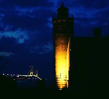Mackinac Lighthouse and the Mackinac Bridge, -Michigan by Kathy Russell