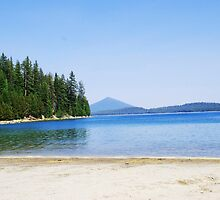 Crescent Lake in Oregon by Marylamb